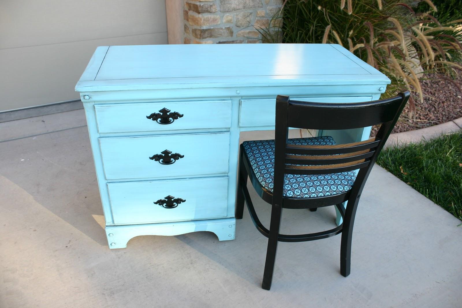 Doubletake Decor Bright teal desk  chair
