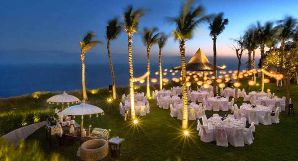 Beach Wedding Ideas Dresses Decorations And Tips Best