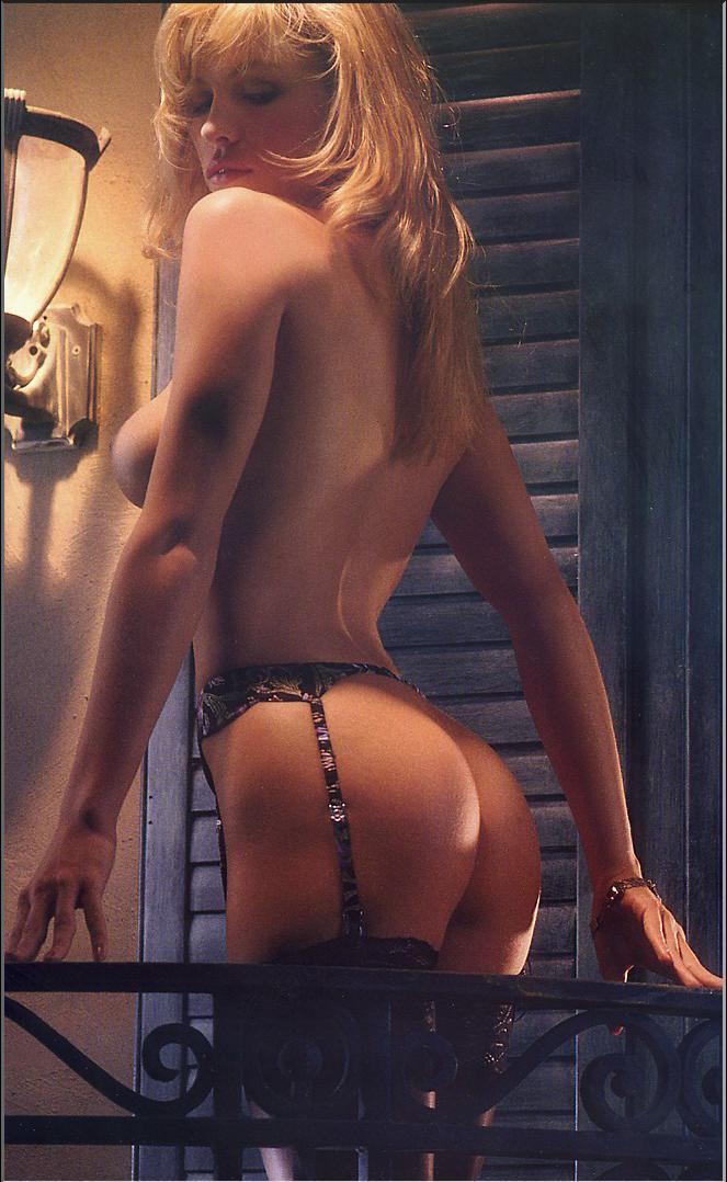 short girl emo nude