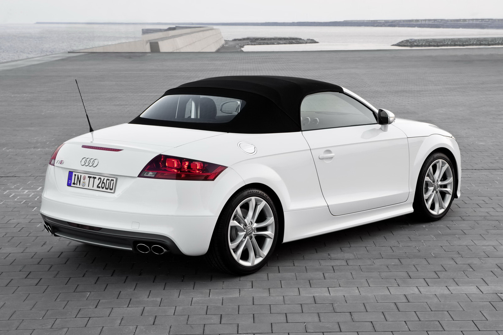 2011 Audi TT Coupe and Roadster Range Facelifted, New ...
