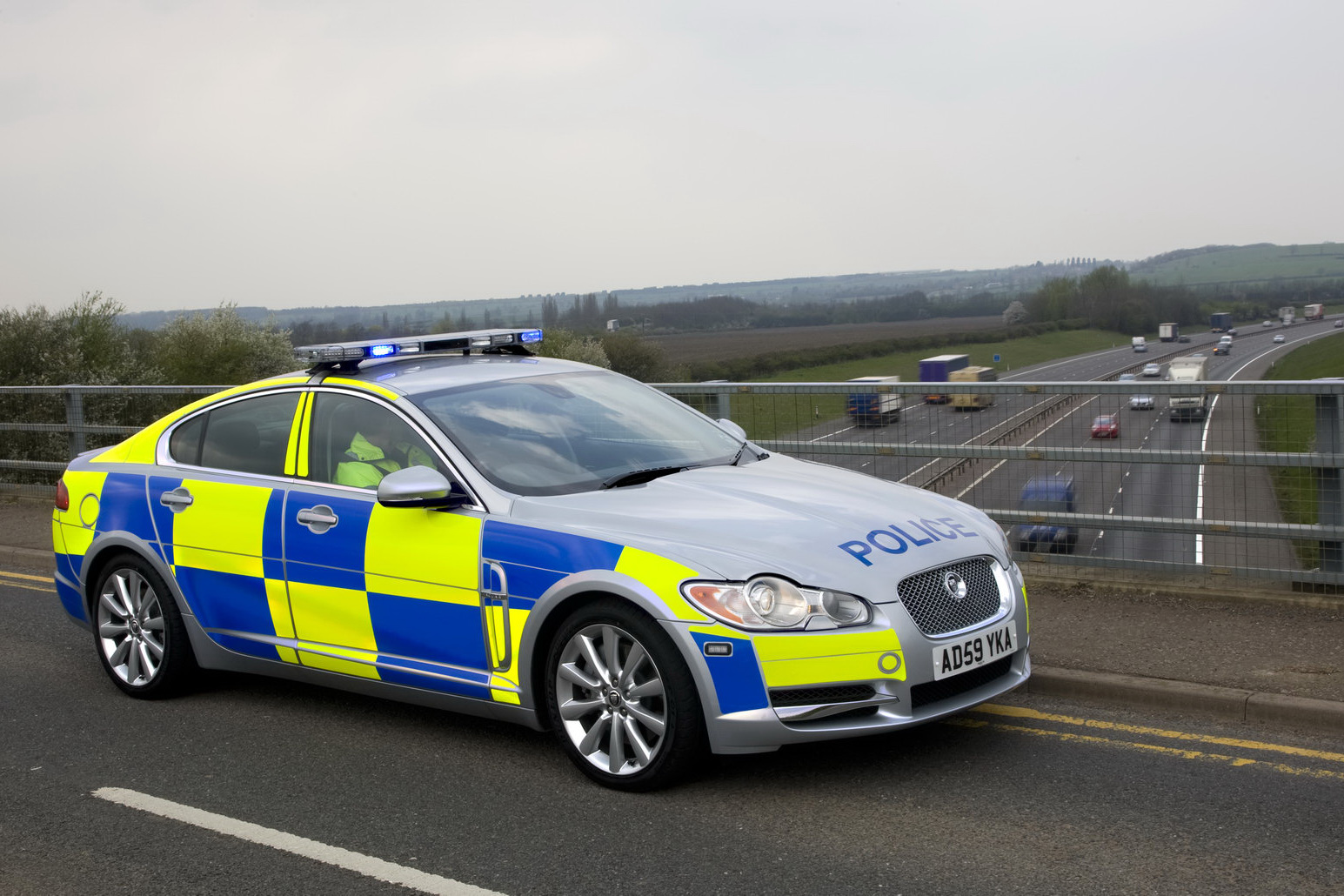 First Jaguar Xf Police Cars Go On Duty In The Uk