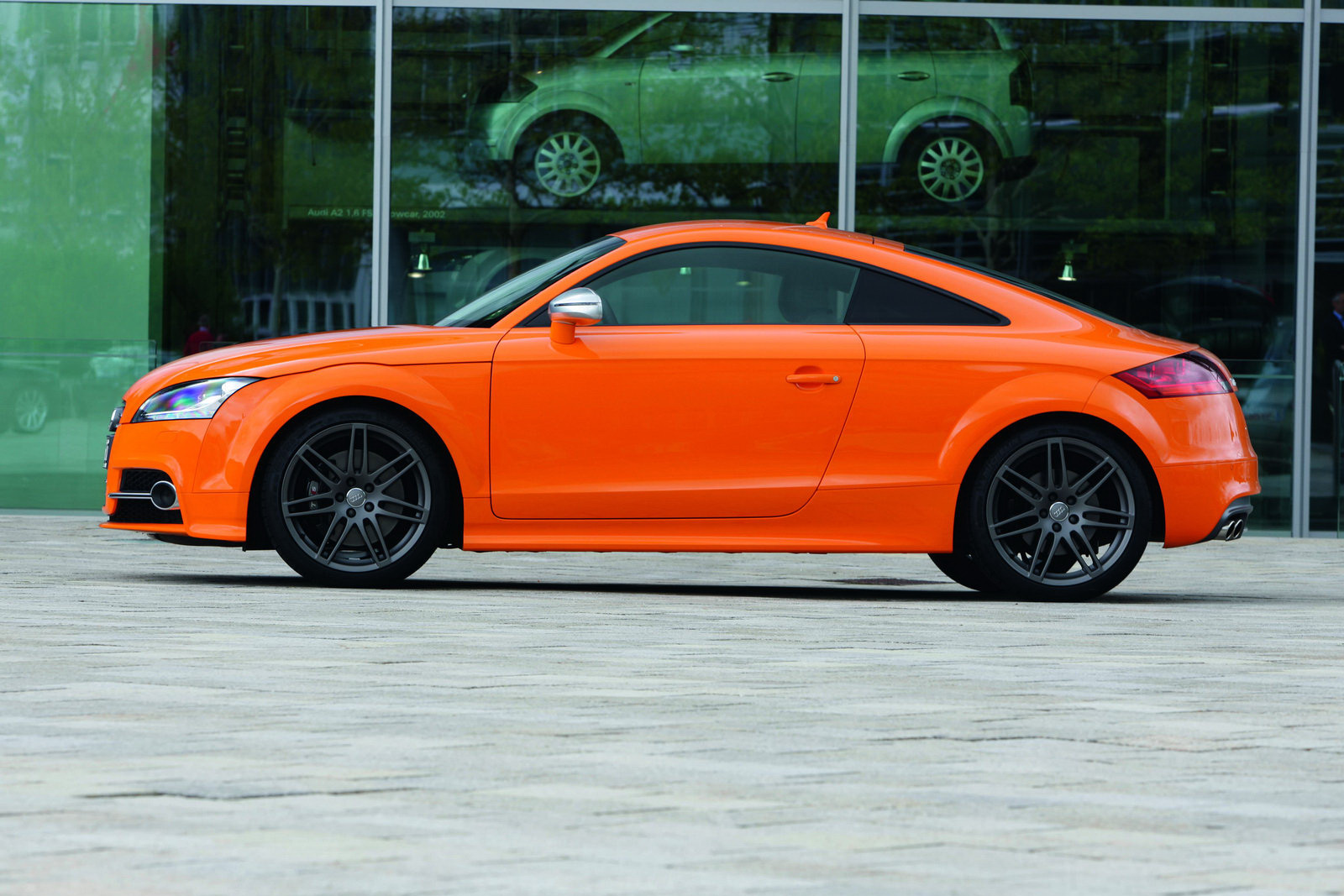 2011 Audi TTS Coupe: New Photos Of Facelift Model