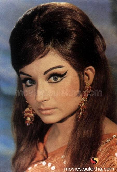 Bollywood Celebrities Sharmila Tagore Cute  Sexy Picture