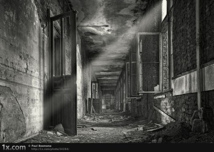 80 Impressive Examples Of Urban Decay Photography  |Urban Decay Photography