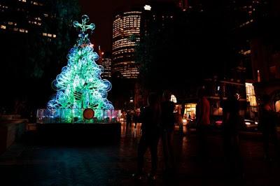 Árvore de Natal feita com 100 bicicletas 21