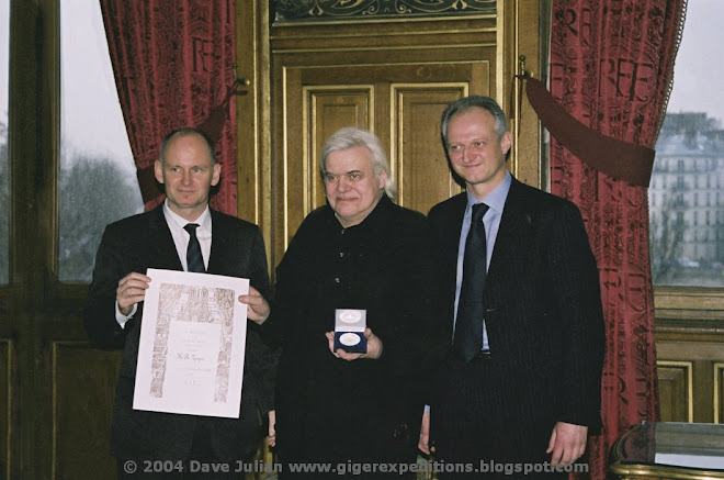 HR Giger is Awarded La Medaille de la Ville de Paris December 17th 2004