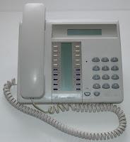 p ri t l phonie fax vendre ou changer m j r guli res autocommutateurs et postes d di s. Black Bedroom Furniture Sets. Home Design Ideas