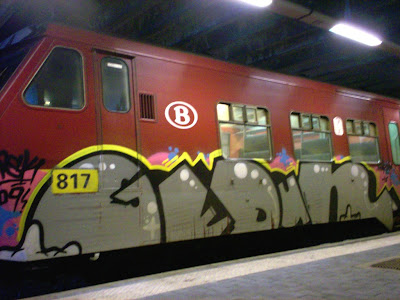 GedOne train graffiti
