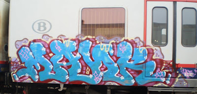 Mank train graffiti