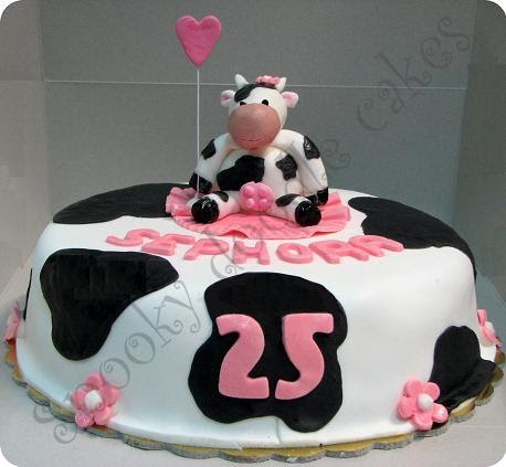 Snooky Doodle Cakes Girly Cow Cake