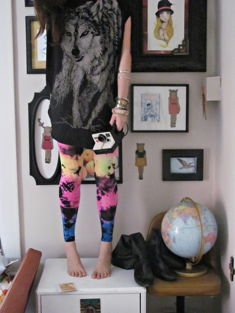 0f11f26da neon tie dye leggings . what I wore - Shrimp Salad Circus