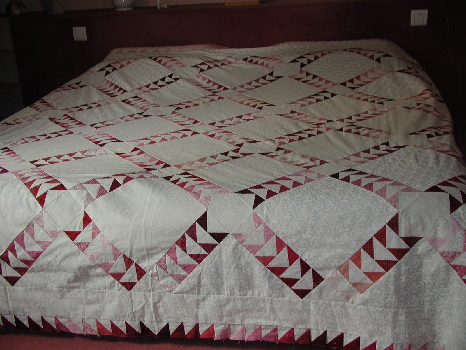 dessus de lit en patchwork. Black Bedroom Furniture Sets. Home Design Ideas