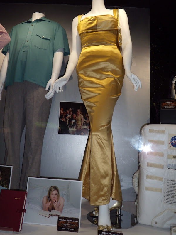 Bridget Jones's Diary 2 gold dress
