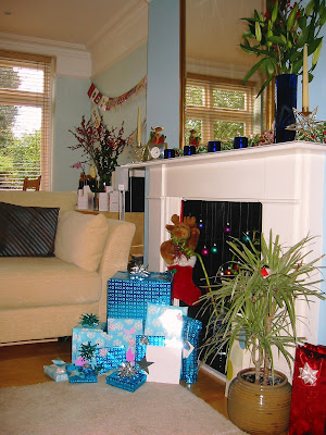 Christmas 2004 wrapped presents