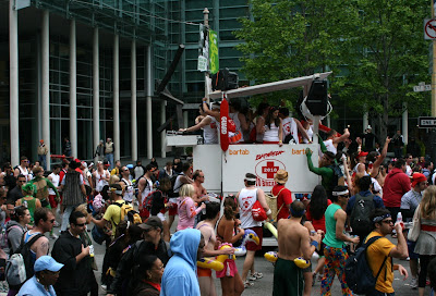 Baywatch float Bay to Breakers 2010
