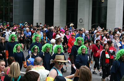 Green wigs Bay to Breakers 2010