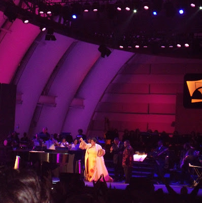 Aretha Franklin taking the stage at The Hollywood Bowl