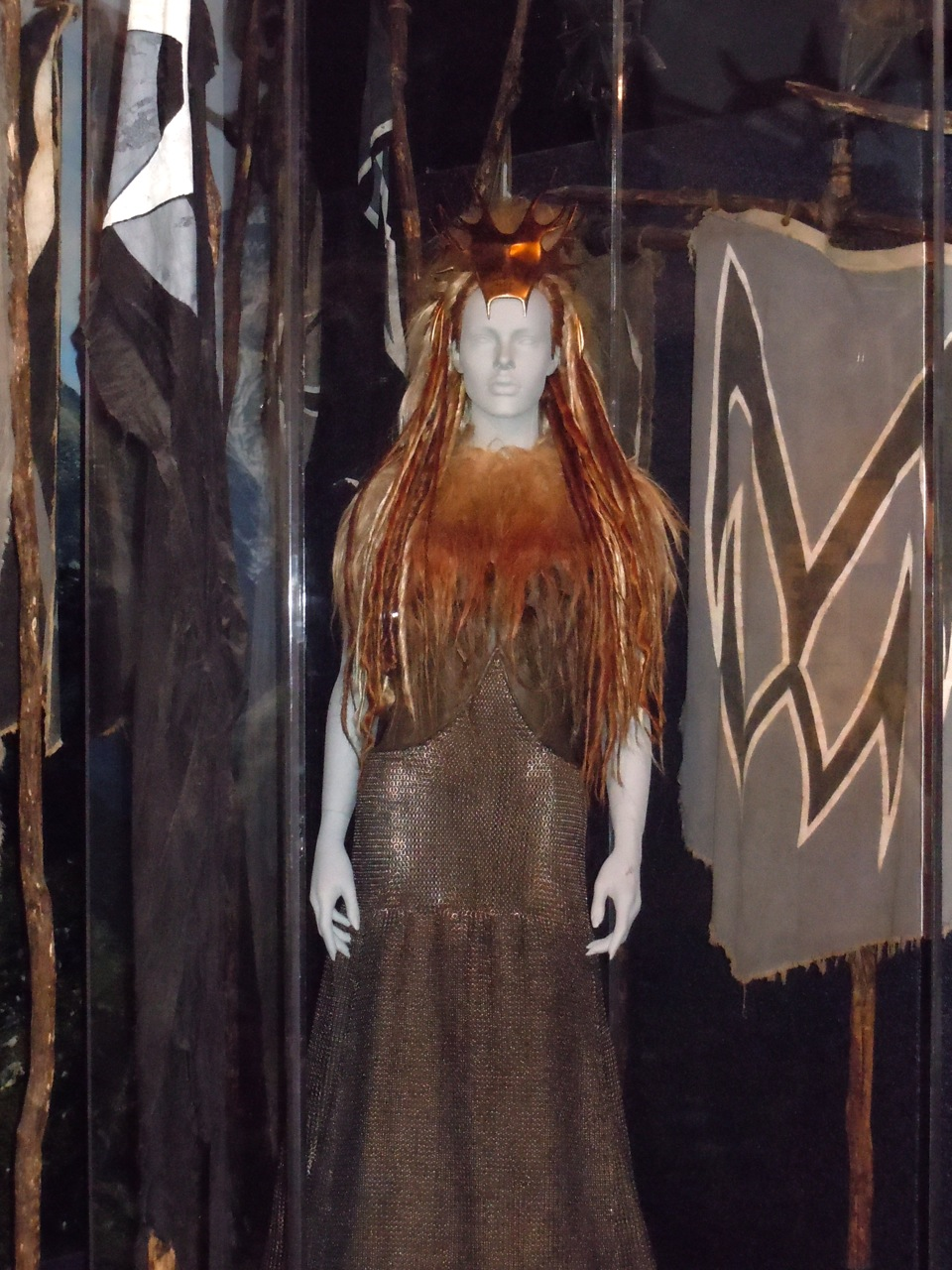 Narnia White Witch battle costume White Witch Jadis Narnia costume ...  sc 1 st  Hollywood Movie Costumes and Props & Hollywood Movie Costumes and Props: White Witch costume and chariot ...