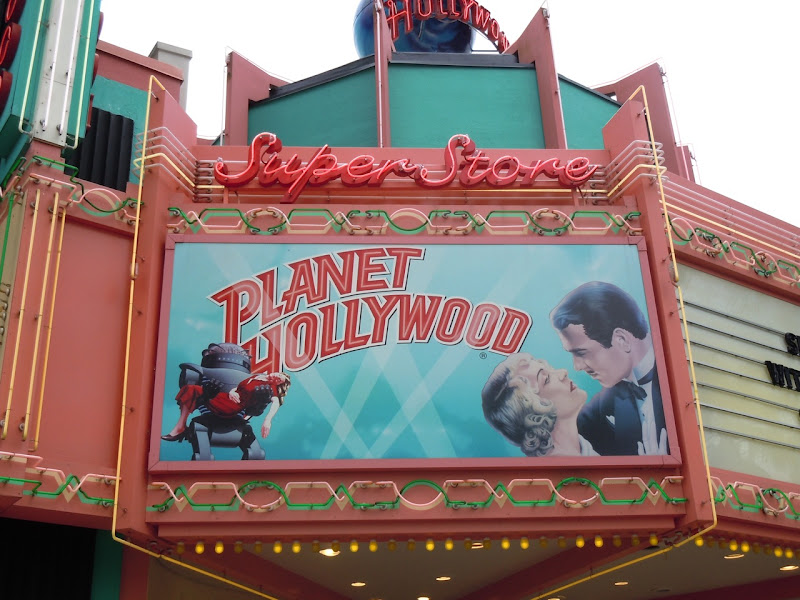 Planet Hollywood store