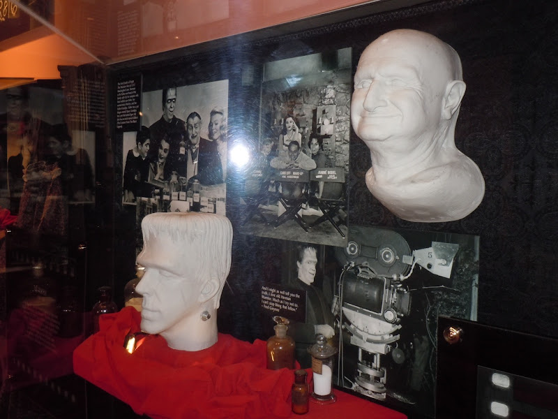 The Munsters life cast make-up