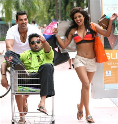 Dostana 2 songs reviews, music reviews, songs, wallpapers, cast.
