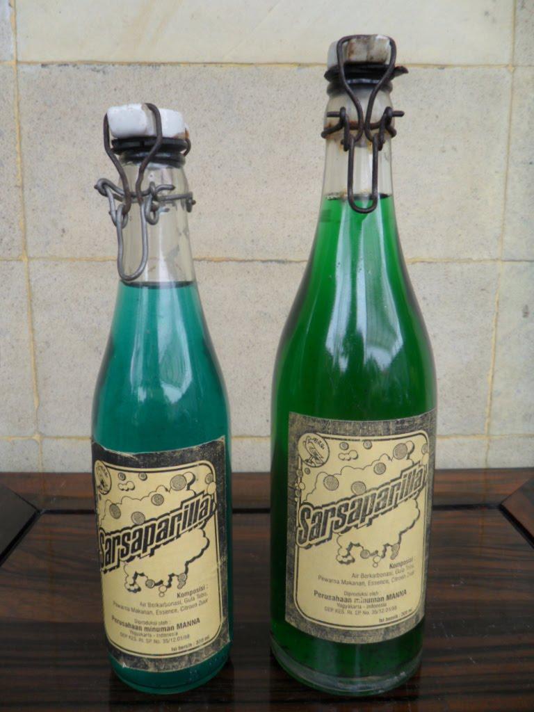 Henry Antique Collections Sarsaparilla Soda Pop