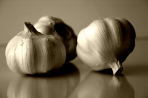 [garlic+-+three+bulbs]