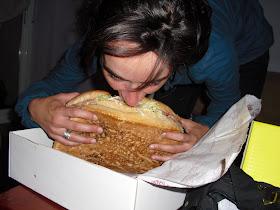 îndepărtați grăsimea de la hamburger