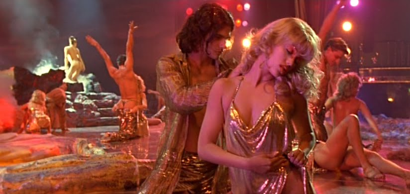 Sex scenes from showgirls movie