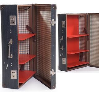 Una maleta vieja puede ser un librero muy bonito.