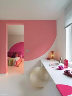 Habitación color rosa pálido