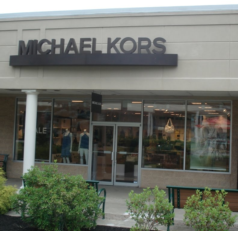Tanger Outlets – The Tanger Outlets, located throughout the United States, have a Michael Kors' store. They all do not have the same outlets, so you may want to look it up on the Internet and see for yourself which area has the Kors' store. Citadel Outlets - These outlets in Los Angeles carry Kors' products. You will find everything you.