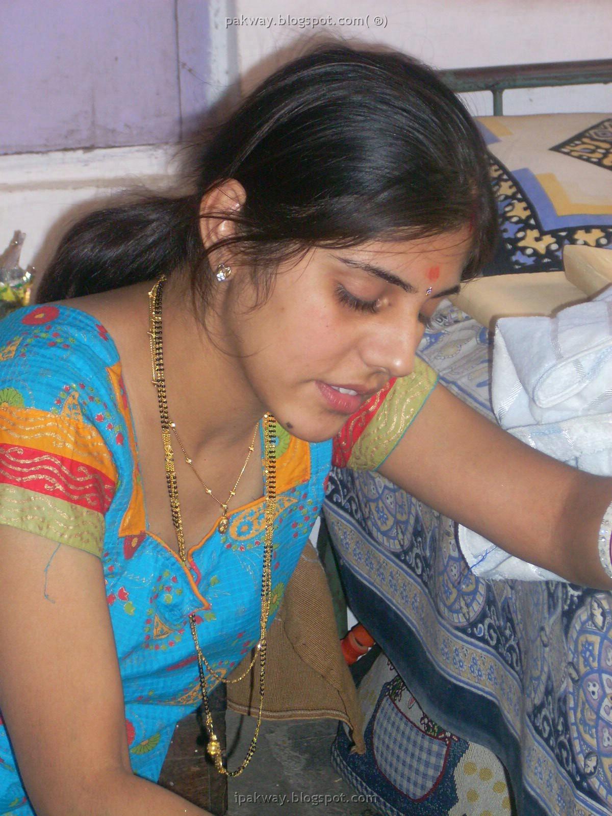 Innocent Beauty Of Desi Face Posted By  E2 99 A5 Narmi E2 99 A