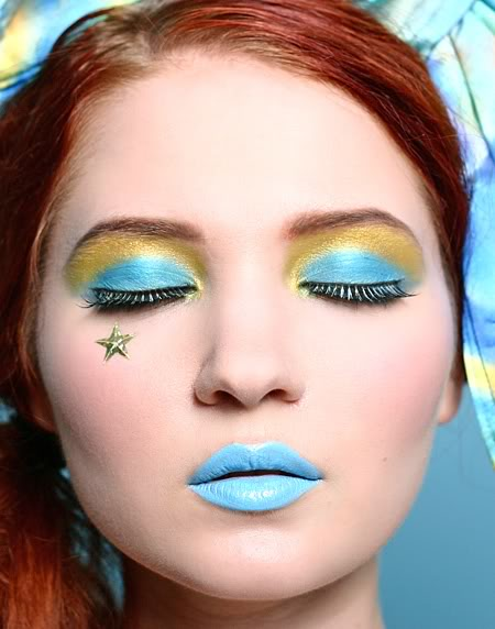 Velvet Chandelier: Awesome Makeup