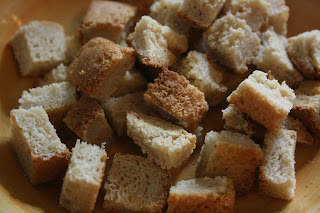 toast cubes for perfect traditional stuffing in the crockpot slow cooker