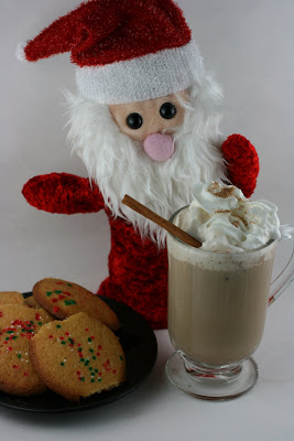 Santa doesn't want plain ol' milk this year, he wants Gingerbread Latte, made in the CrockPot Slow Cooker! This easy recipe is great for chilly mornings or for entertaining.
