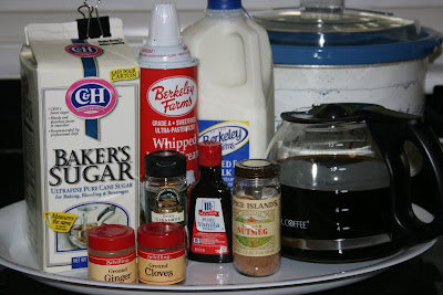 ingredients to make gingerbread latte in the crockpot slow cooker