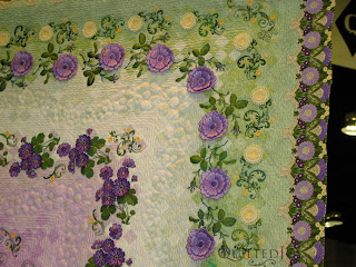 One of the beautiful quilts at Paducah 2010 - QuiltedJoy.com