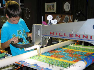 RocketMan working on his KY State Fair quilt!