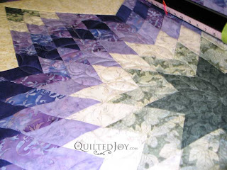 Lone Star quilt with Feathered Points