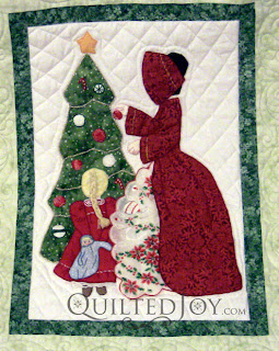 December block in a Hankie Lady Obsession Quilt with custom quilting by Angela Huffman - QuiltedJoy.com
