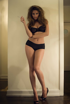 Kelly Brook HQ Picture Gallary