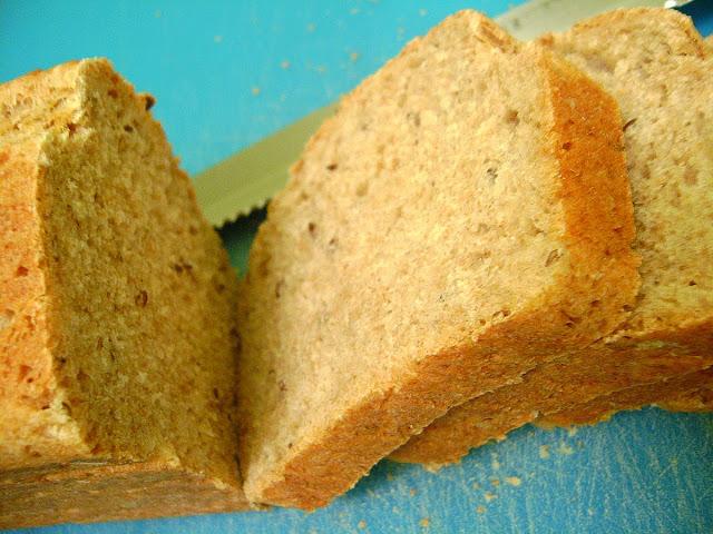 Ev yapımı keten Tohumlu Tam Buğday Ekmeği