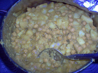 Easter Monday - Curry Q