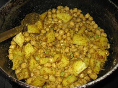 Curry Channa and Aloo (Potato)