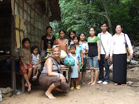 Beng Donpa Family Receives Food
