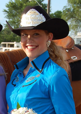 Miss Dcf Rodeo Queen Pageant Shelby Chapman Is Crowned