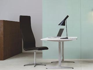 Lámpara AJ Arne Jacobsen