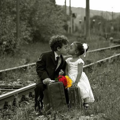 Kids Kissing Pictures