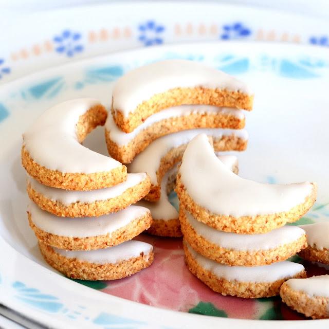 Biscuits de Noël - Petites lunes aux amandes - Mandelmonde